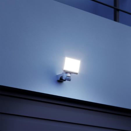 Slika za kategorijo ZUNANJI LED REFLEKTORJI